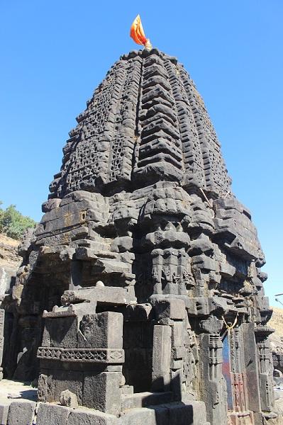 Harishchandragad Harishchandreshwar Temple