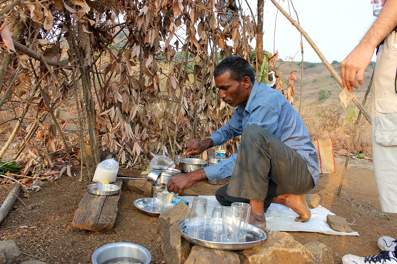 Harishchandragad local selling lemonade before the fork on khireshwar route